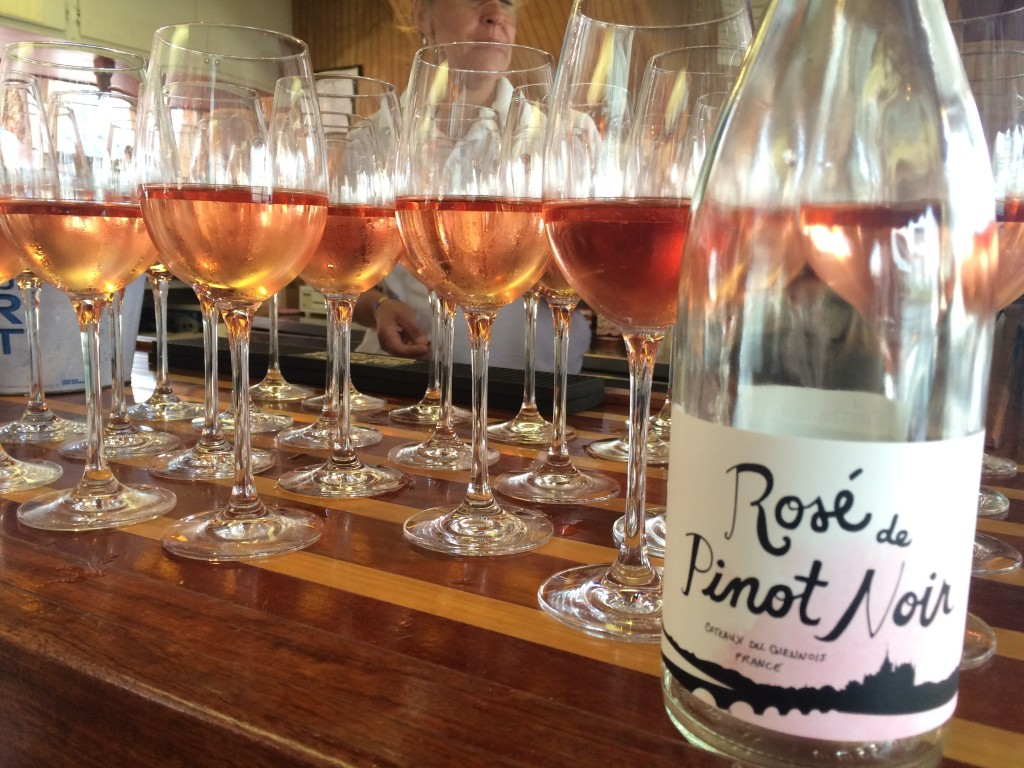 earthshaker wines rose de pinot noir